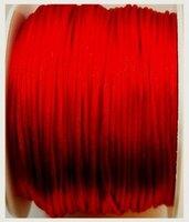 Rood satijnkoord
