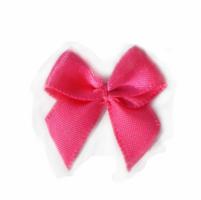 Hard roze strikjes