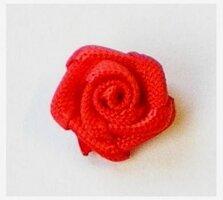 Satijnen roosjes,rood
