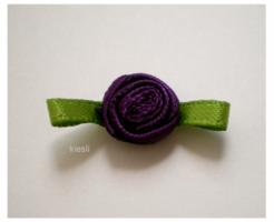 Roosje op strikje,paars