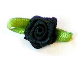 Zwart roosje op strikje, 20mm