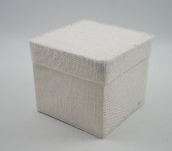 Cotton square box wit